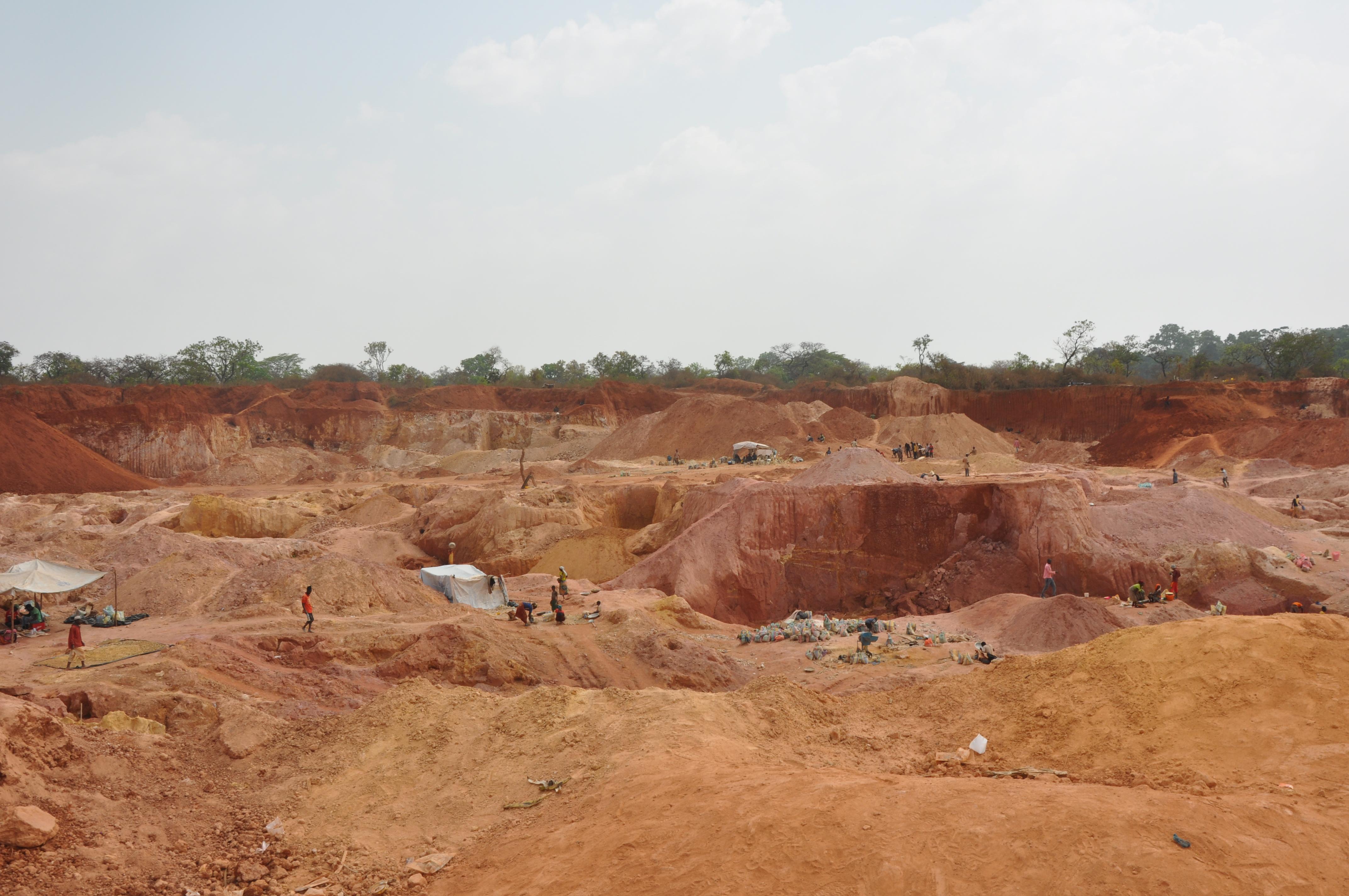 Est-Cameroun: Comment des élites aident les chinois à piller l'or